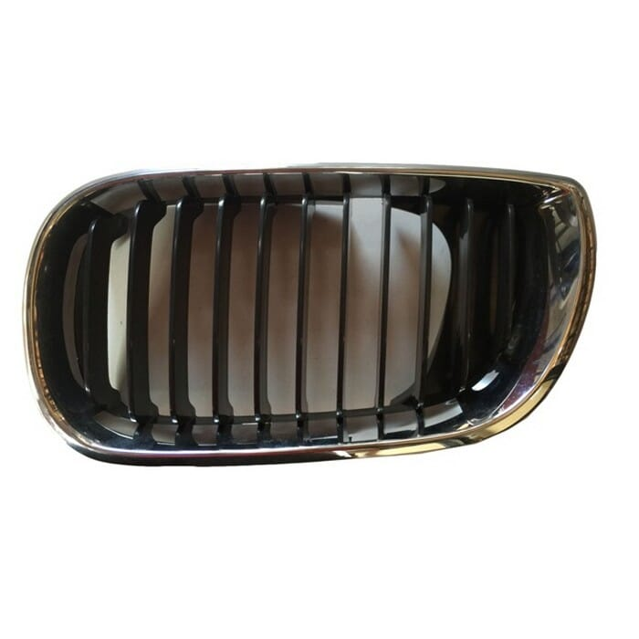 Bmw E46 Facelift Main Grill Chrome  Frame With Black Fin Left